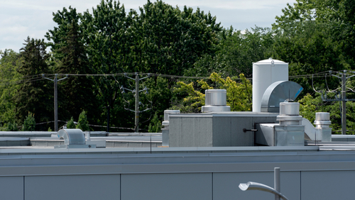 Installation d'un roof top pour le chauffage des hôpitaux